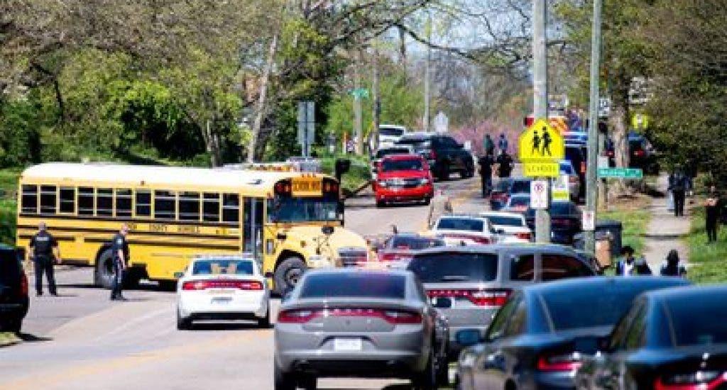 Un estudiante muere en un enfrentamiento con la Policía en un instituto en Tennessee