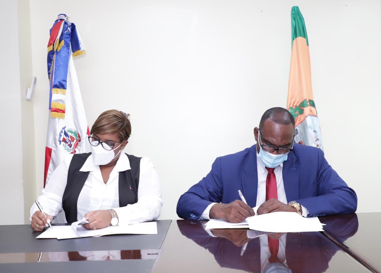 Firman convenio para operar Casa de la Juventud en Los Alcarrizos