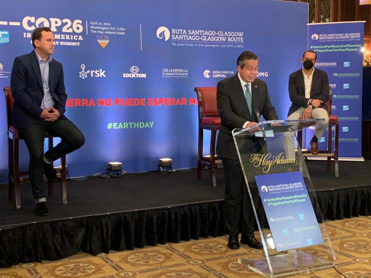 Ministro de Medio Ambiente destaca compromiso de RD hacia la neutralidad del carbono