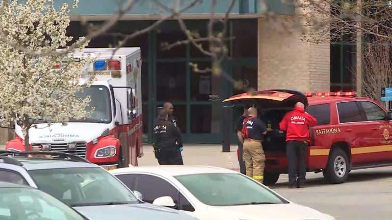 Dos heridos en un tiroteo en un centro comercial de Nebraska, en EE.UU.