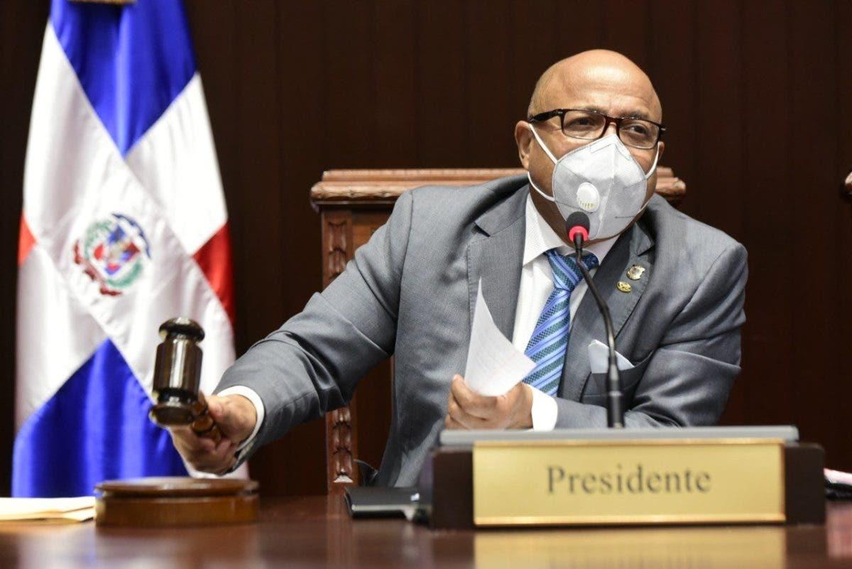Diputados debaten el Código Penal