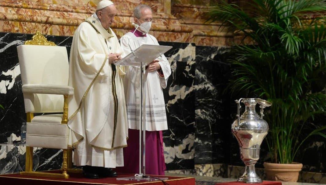 El papa en Misa Crismal: «La hora del anuncio, de la persecución y de la cruz van juntas»