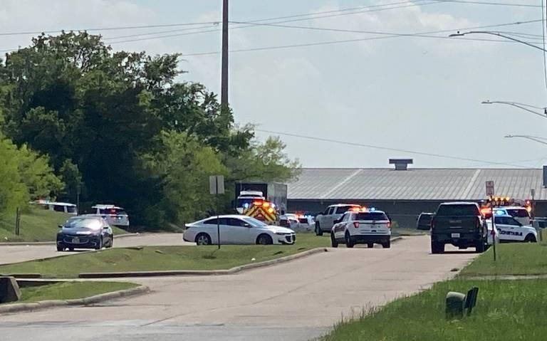 Al menos 6 heridos por un tiroteo en una zona industrial en Texas
