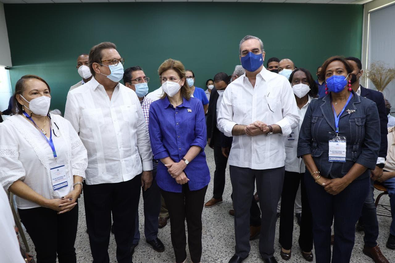 Gobierno informa terminará segunda dosis de la vacuna la próxima semana