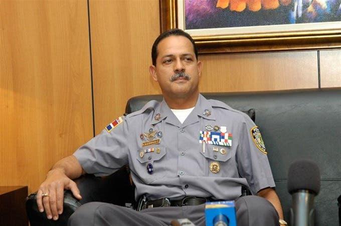 Abinader está mal asesorado con relación a reforma policial; dice exjefe de la PN Guzmán Fermín