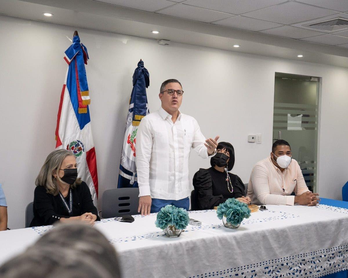 Jean Luis Rodríguez aumentará salarios en departamento de Autoridad Portuaria