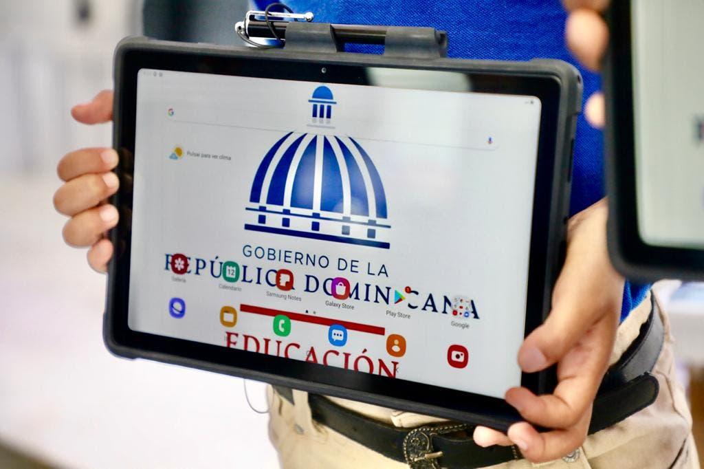 Así son las tablets que el Gobierno entregará a estudiantes públicos