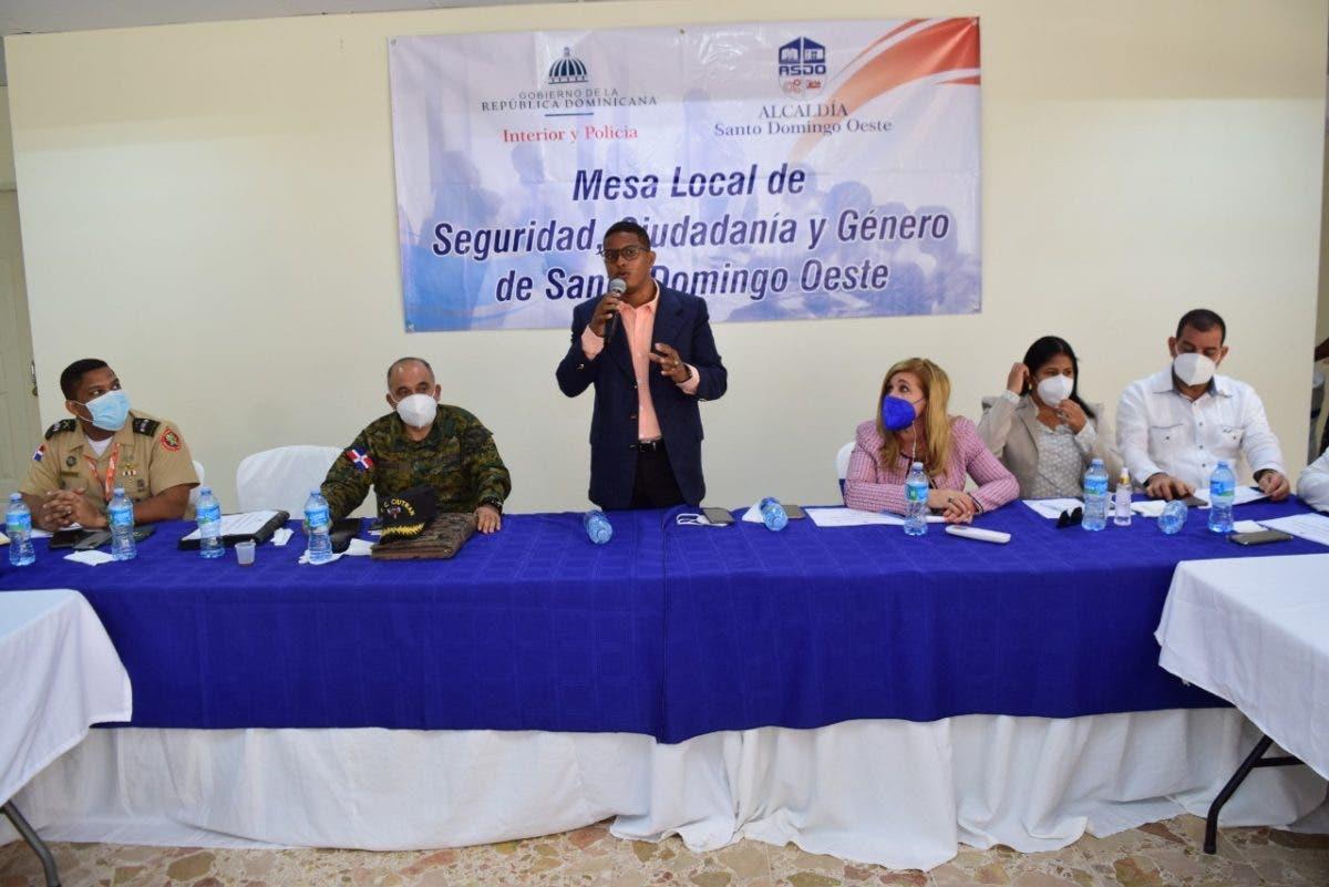 Alcaldía de SDO trabaja en identificar principales problemas del municipio