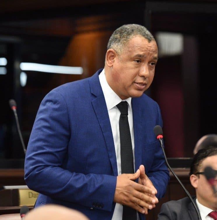 Diputado aclara nuevo Código Penal castiga la corrupción hasta con 60 años de prisión