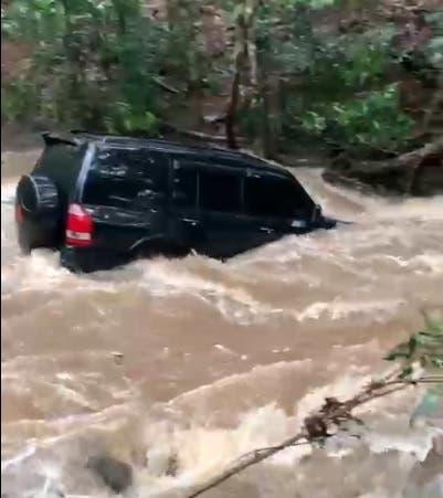 Yipeta es arrastrada por río en Santiago Rodríguez