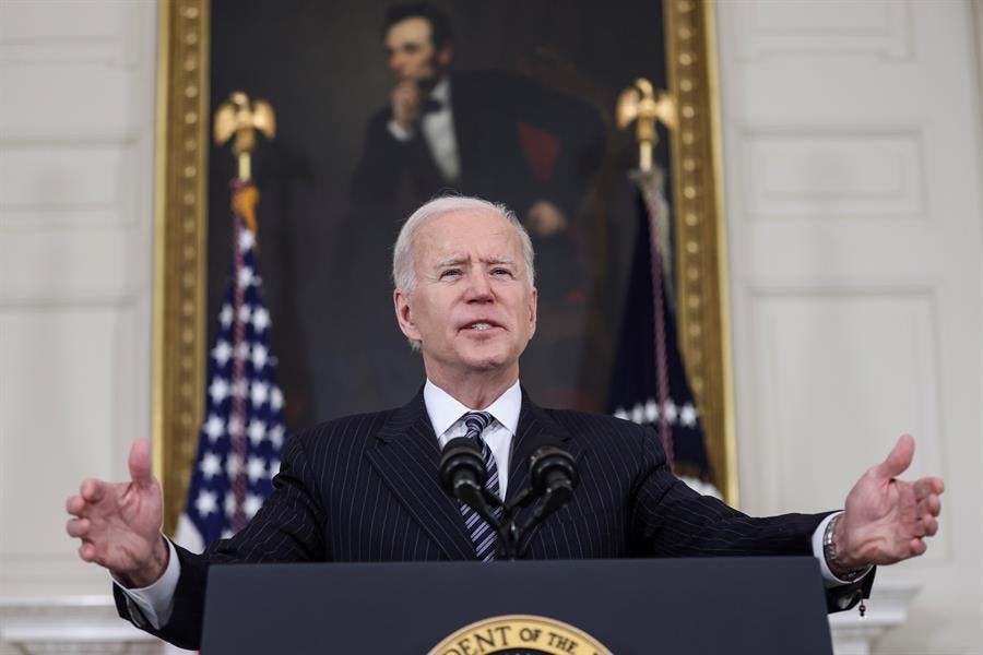 """Biden celebra que se haya hecho """"justicia"""" en el caso de George Floyd"""