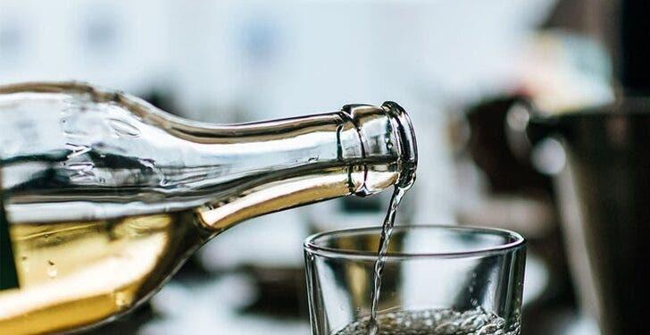 ¡Alarmante! CMD llama a no consumir alcohol