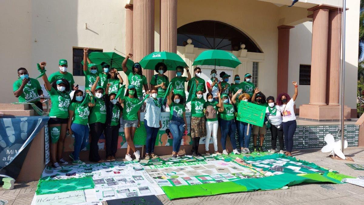 Activistas de las tres causales adoptan medidas de seguridad tras intoxicación con brownies