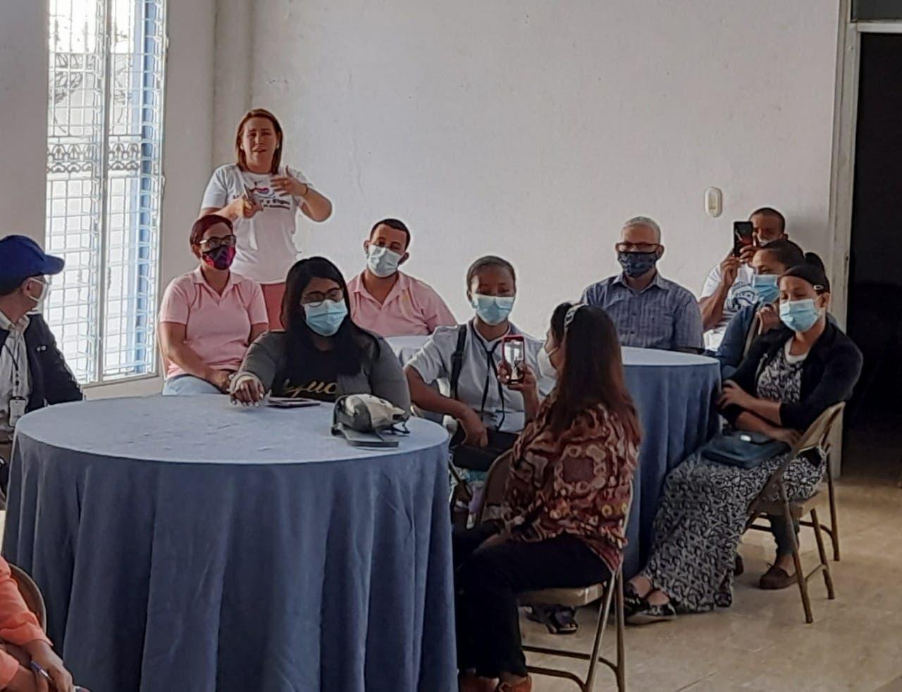 Organizaciones de Santiago reclaman un cambio de rumbo en la política de salud