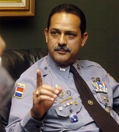 Exdirector de la Policía dice delincuencia bajó por toque de queda, no por acciones preventivas
