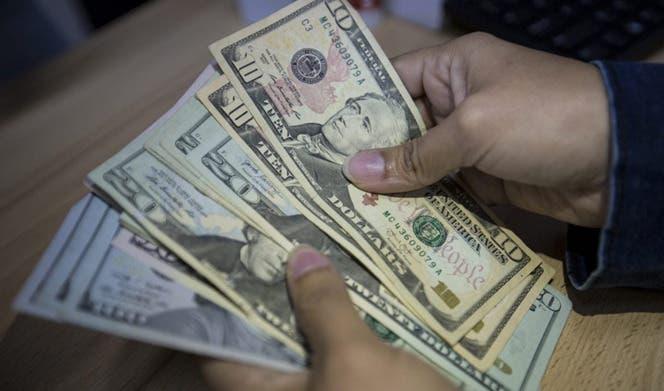 Familia de Florida estafó 8,4 millones de dólares en ayudas por covid-19