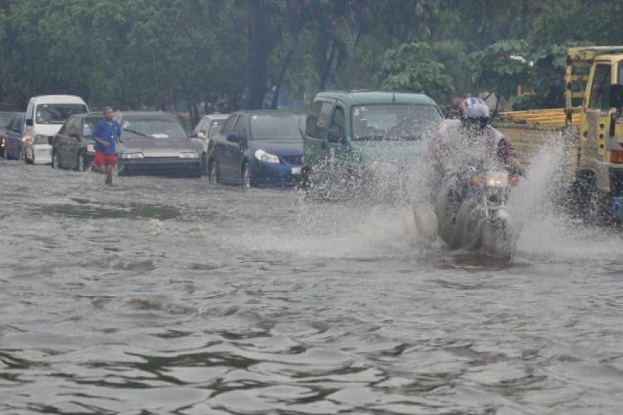 COE eleva a 21 las provincias en alerta; continuarán las lluvias