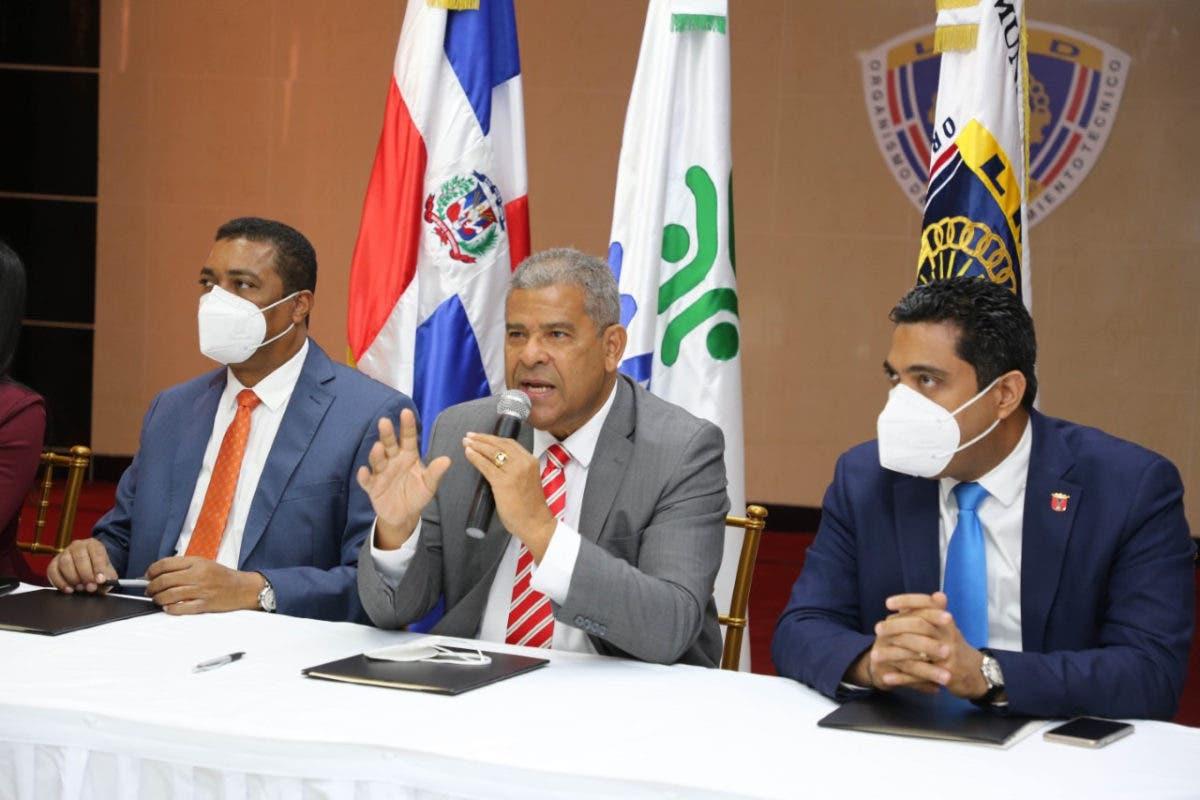 MAP intensificará implementación de carrera administrativa en los ayuntamientos