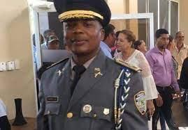 Hombre denuncia se refugió en Francia amenazado de muerte por coronel Maríñez