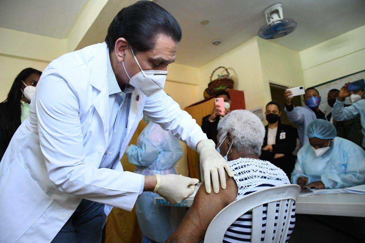 República Dominicana alcanza el millón de vacunados contra la COVID-19