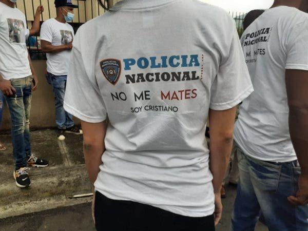Padres pareja acribillada por policías en Villa Altagracia piden coronel Mariñez sea apresado