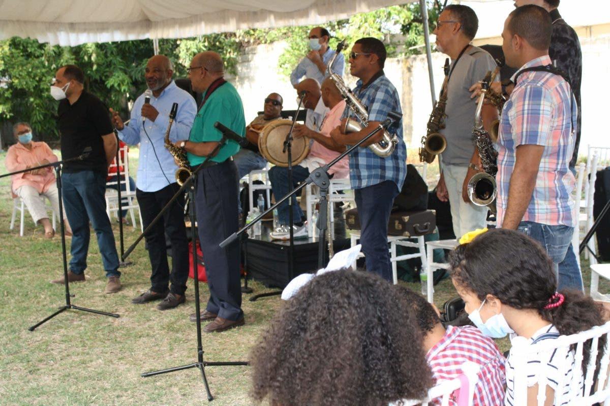 En homenaje a Tavito Vásquez, reclaman construcción de parque temático de la música