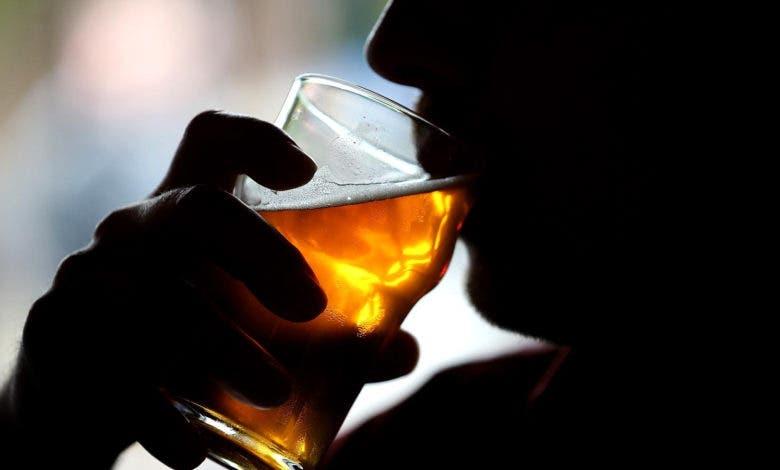 Salud Pública reporta 64 muertes por intoxicación por alcohol adulterado con metanol