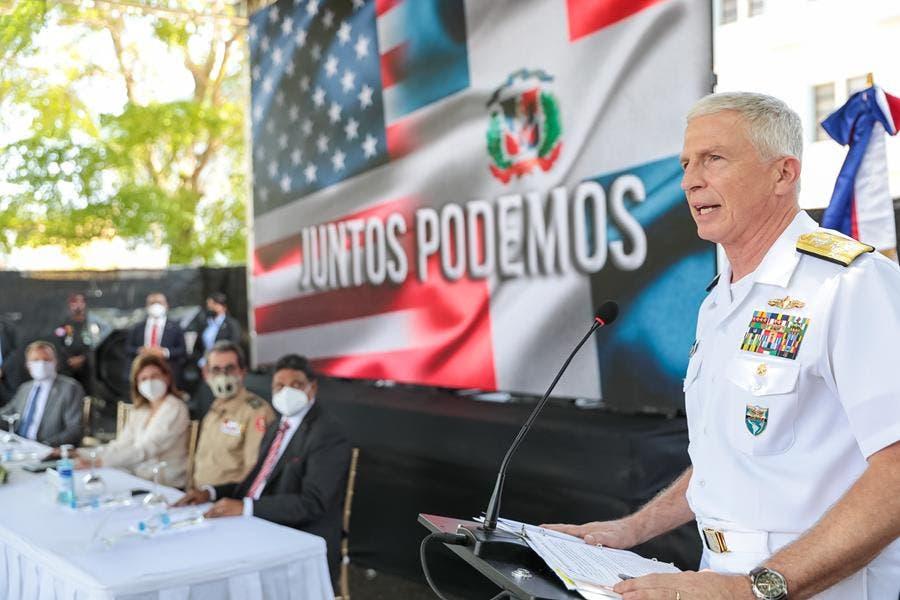 Estados Unidos dona a RD tres hospitales móviles y dos centros de operaciones contra el COVID-19