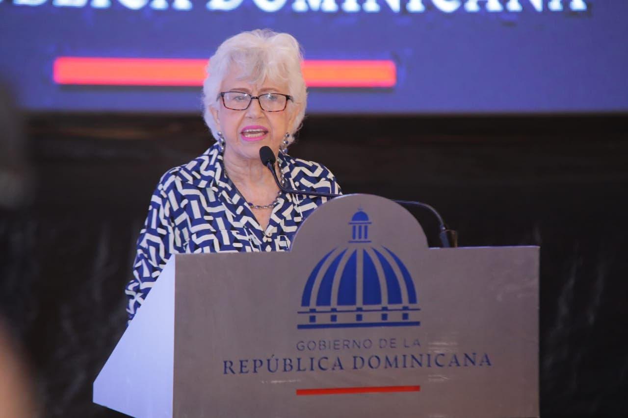 Ortiz Bosch hace un llamado a la JCE para limitar gastos durante los procesos electorales