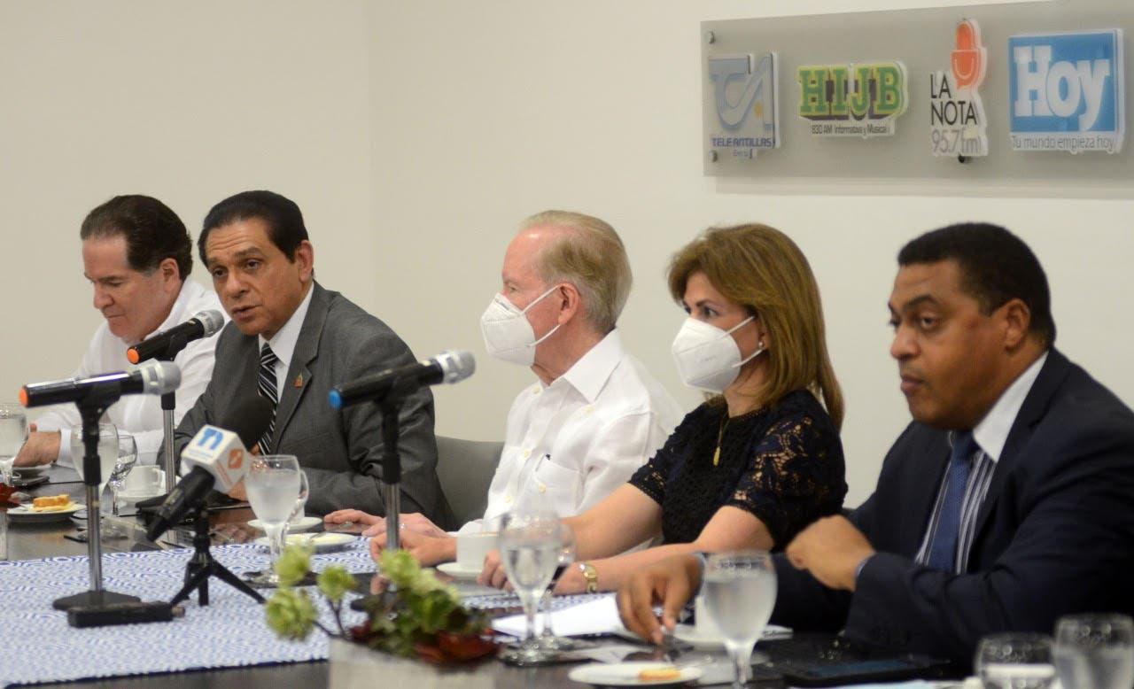 El contundente mensaje de la vicepresidenta Raquel Peña a dueños de clínicas privadas