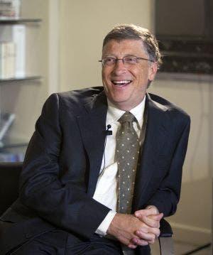 Bill Gates avisó de que más gente morirá si países ricos no comparten vacunas