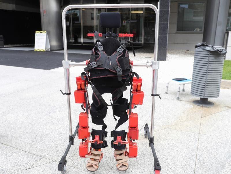 El primer exoesqueleto pediátrico, listo para su uso en niños con parálisis
