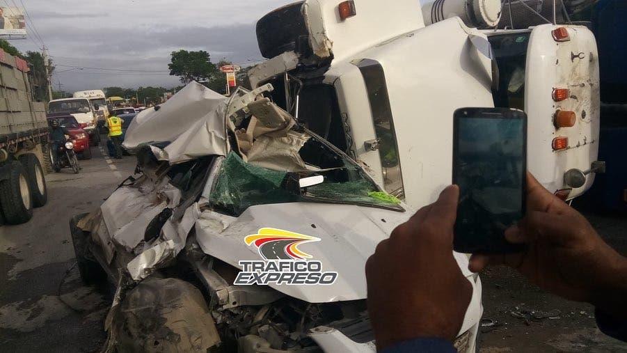 Al menos un herido durante  accidente de tránsito en la 6 de Noviembre