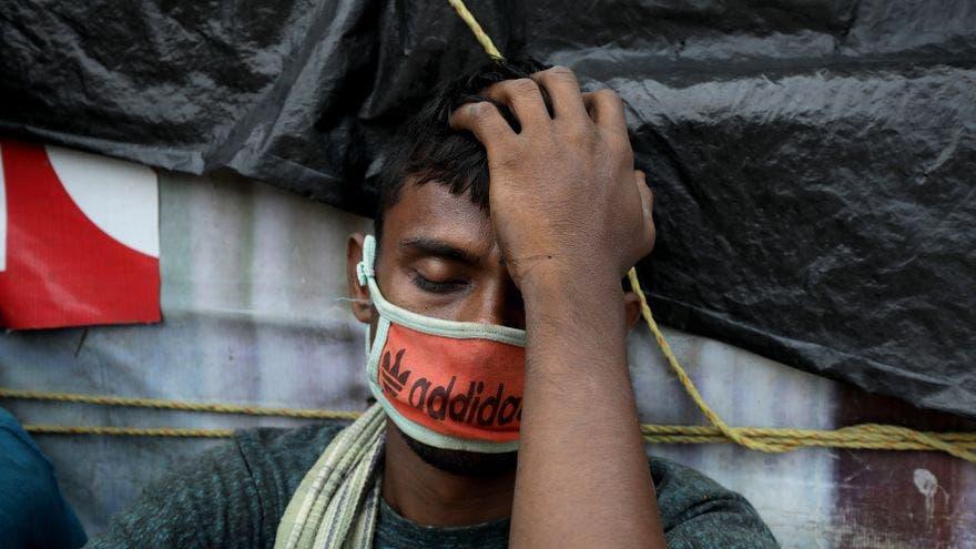 En India, con 20 millones de casos, crece la llamada a un confinamiento total