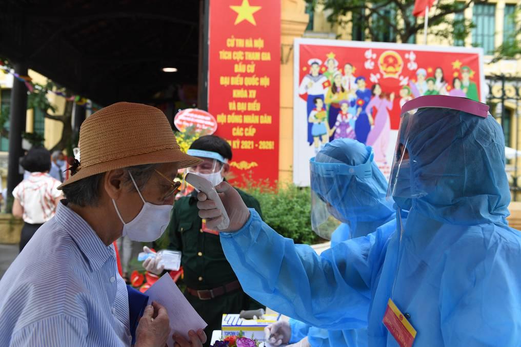 Qué se sabe de la nueva variante de covid-19 que está provocado un aumento de casos en Vietnam