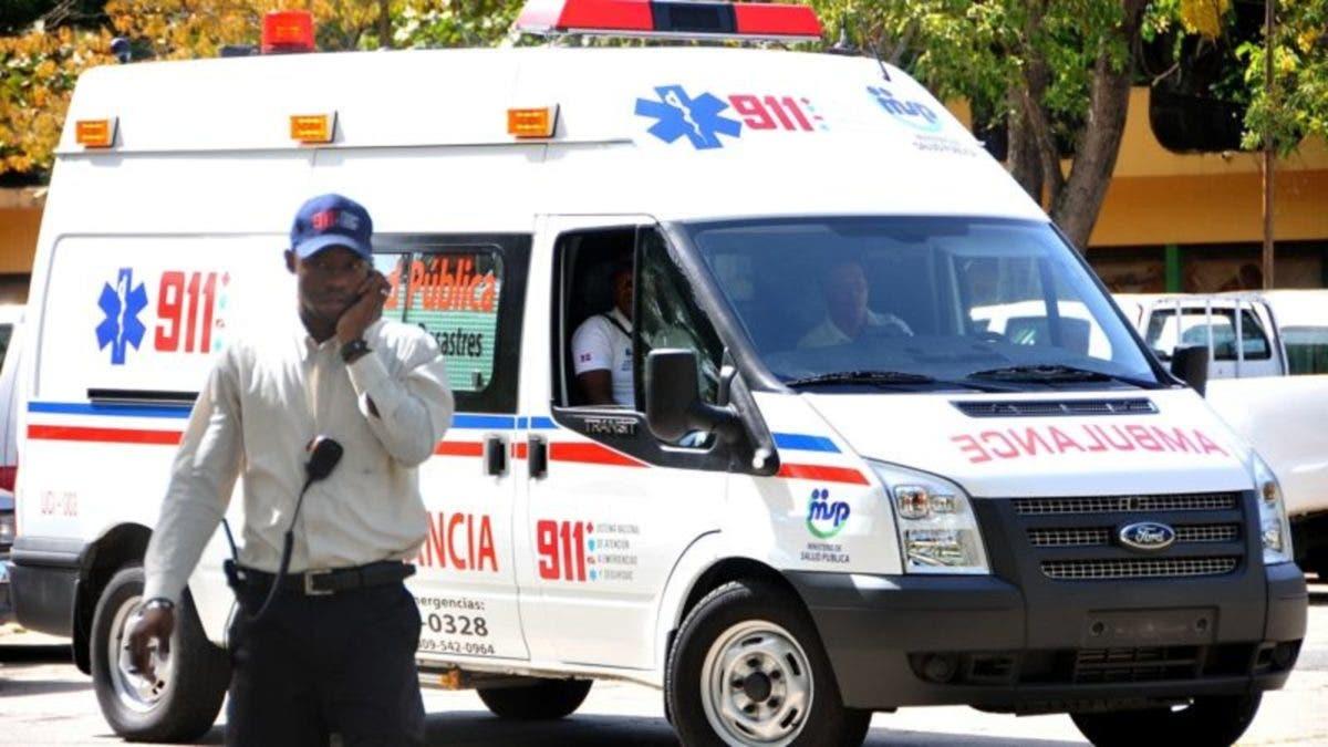 Se registra accidente entre camioneta y motocicleta en la Autopista Duarte