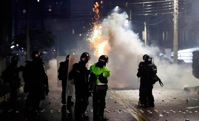 "Gobierno colombiano rechaza ""intromisión arbitraria"" de presidente argentino"