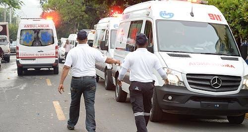 Dos muertos y dos heridos tras volcarse camión en Palmar Grande de Puerto Plata