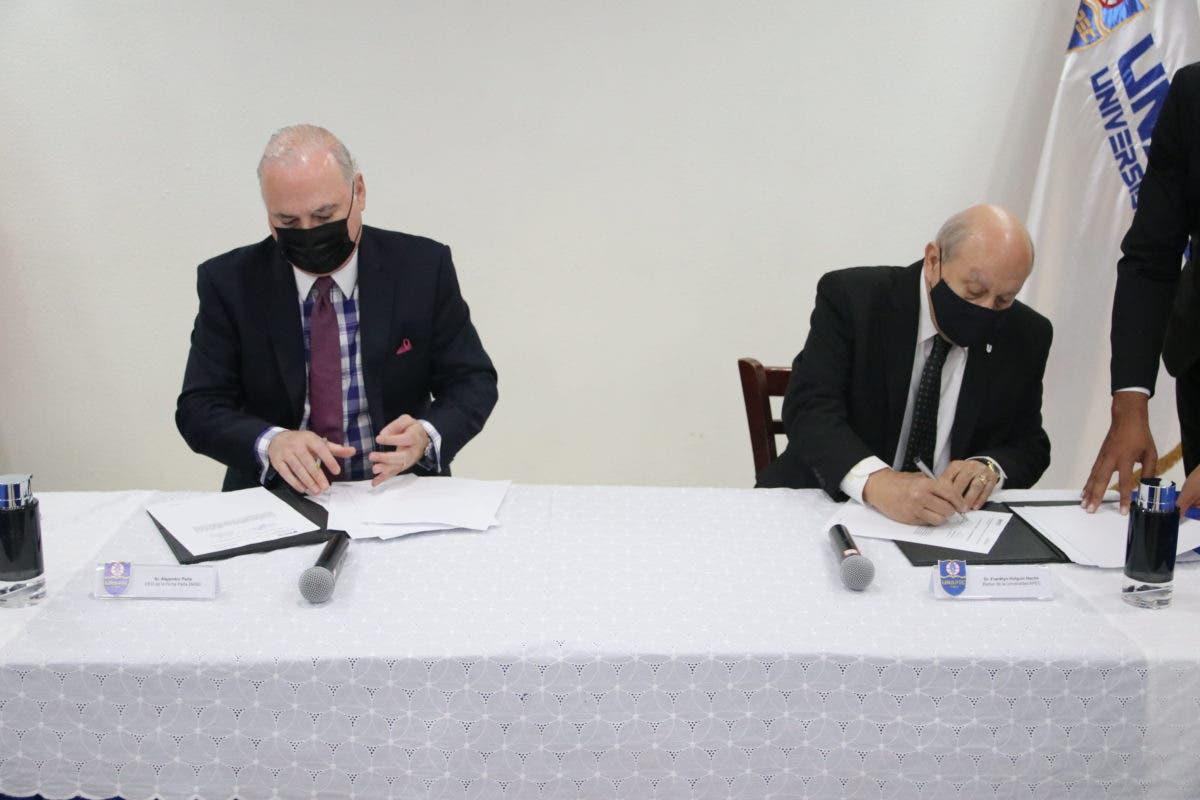 Unapec y Grupo Peña Defilló firman convenio de colaboración