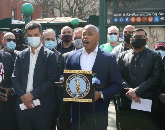 Adams se consolida como candidato favorito alcaldía NYC; mayoría dominicanos lo apoyan
