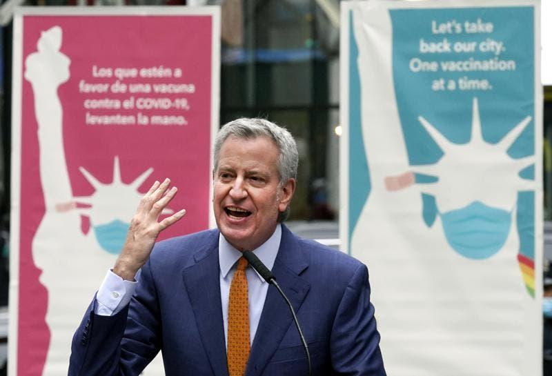 Nueva York pagará 100 dólares a quien se vacune contra la covid-19