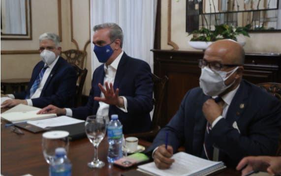 Presidente Abinader encabeza reunión Consejo de la Magistratura