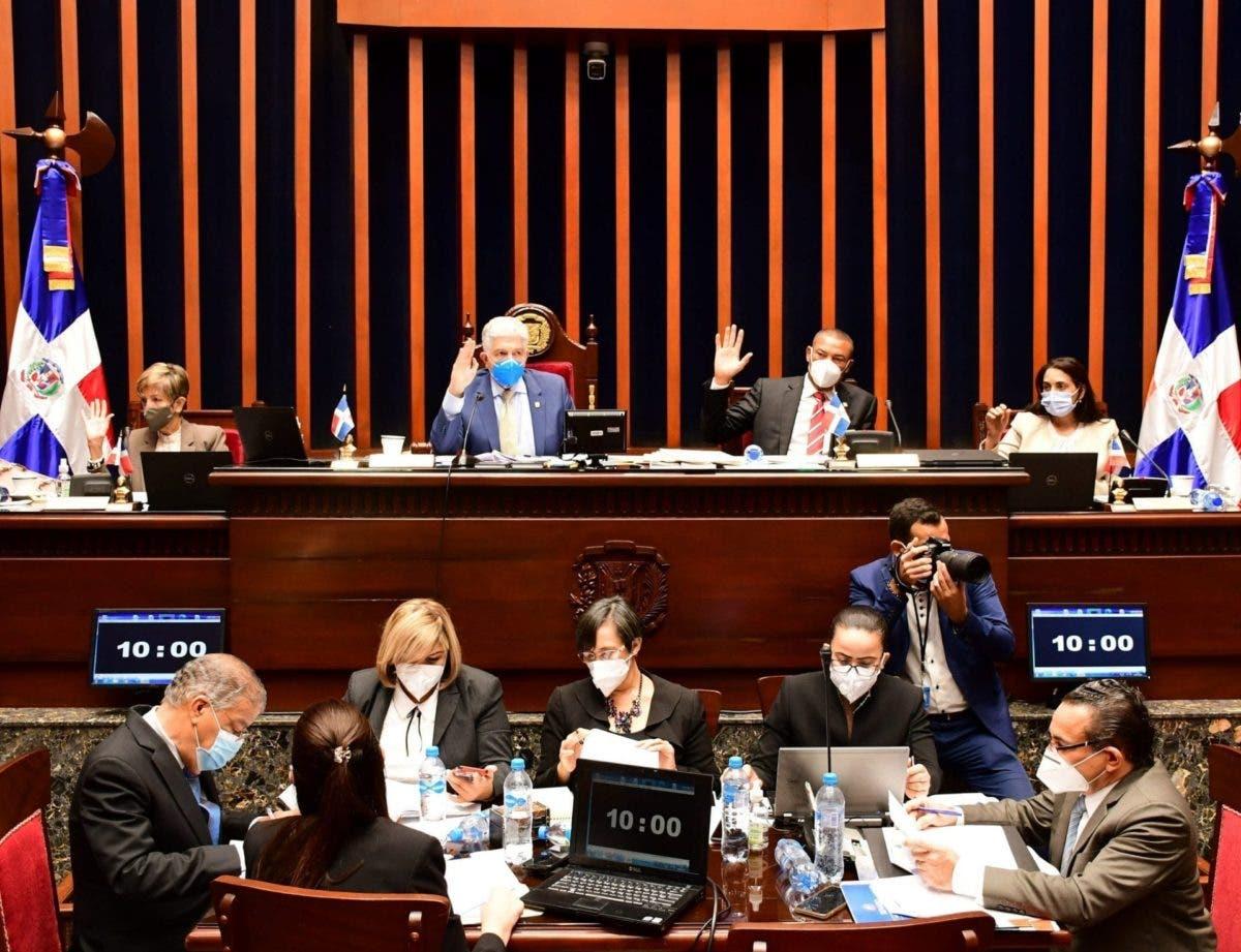 Senadores aprueban proyecto de ley que crea el Ministerio de Vivienda Hábitat y Edificaciones