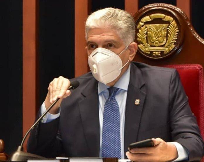 Presidente del Senado sobre diputado del PRM apresado: «Que responda por sus hechos»