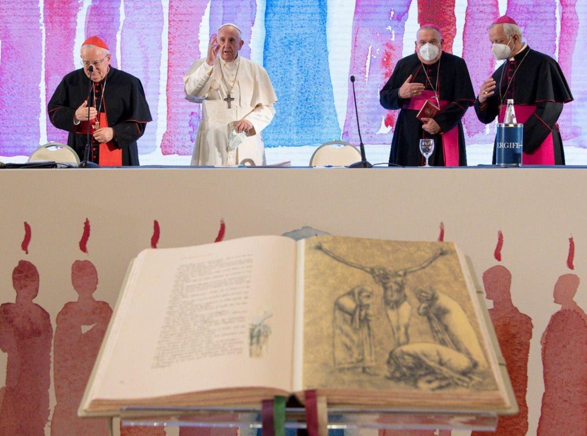 El papa Francisco denuncia que egoísmo e indiferencia amenazan el futuro de los jóvenes