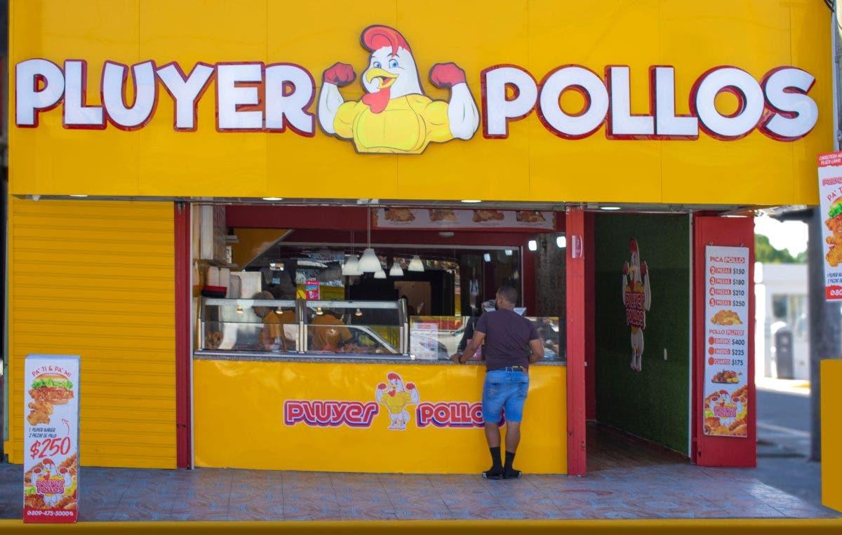 La cadena de restaurantes Pluyer Pollos abre una sucursal en la Zona Oriental
