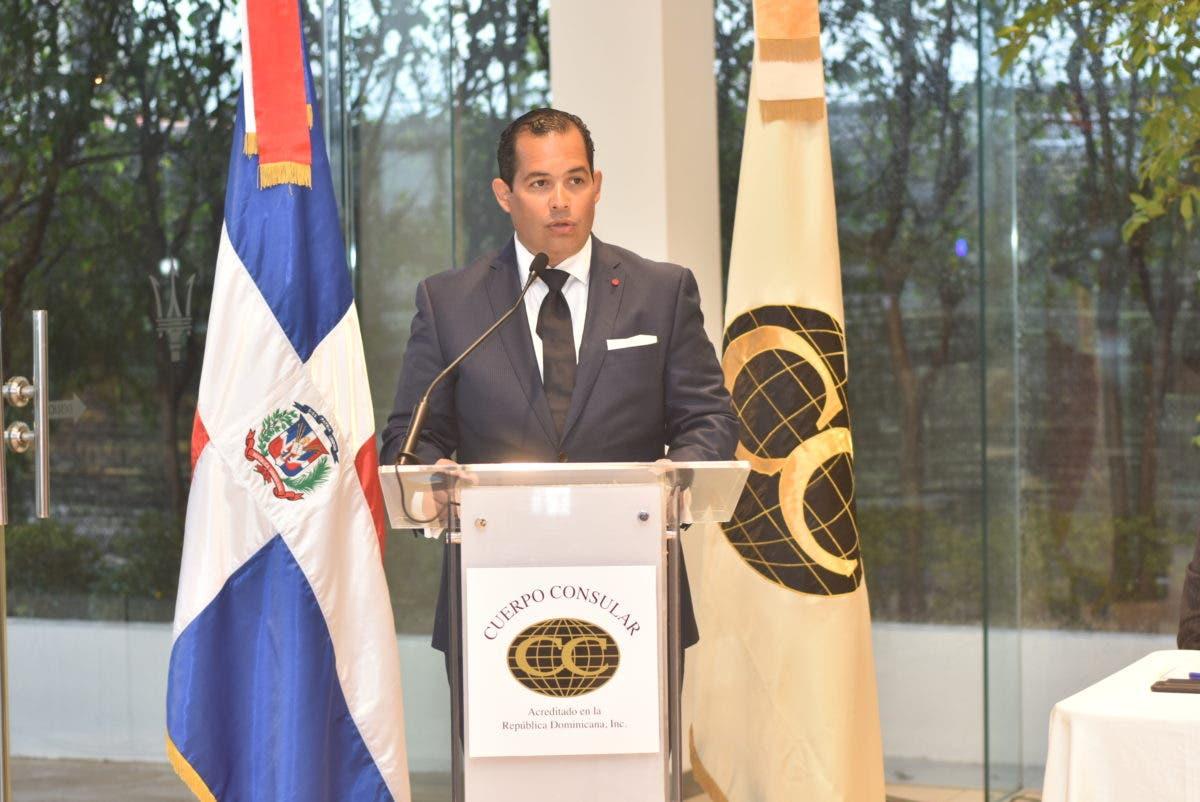 Brindan por el éxito del nuevo Consejo Directivo del Cuerpo Consular