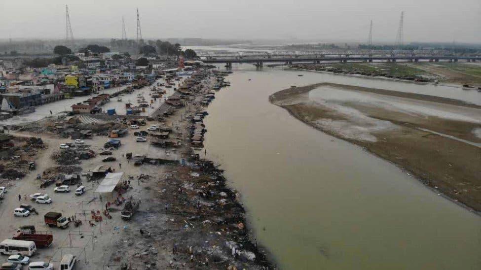 India: Hallan más de 70 cadáveres flotando en río Ganges