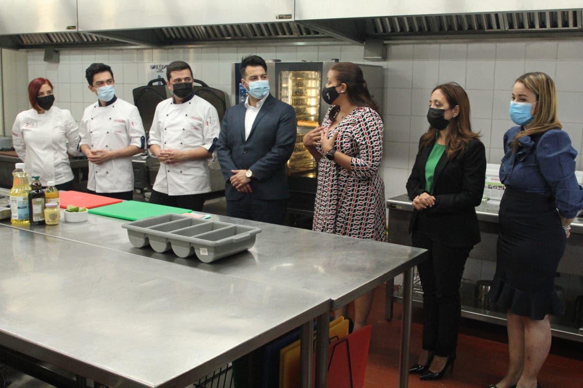 PUCMM primera en Centroamérica y Caribe con innovación tecnológica en equipos gastronómicos