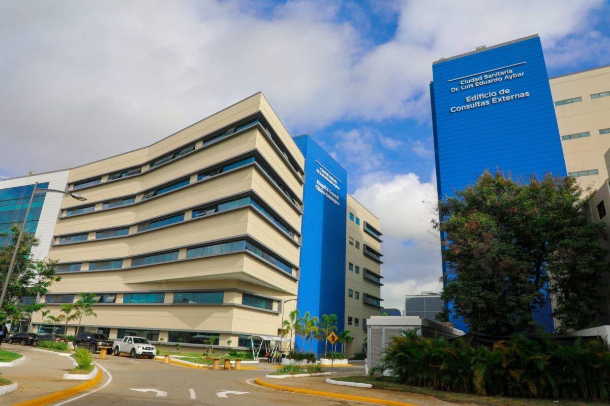 Necesitas una cama UCI por covid-19, ve al hospital Luis Eduardo Aybar
